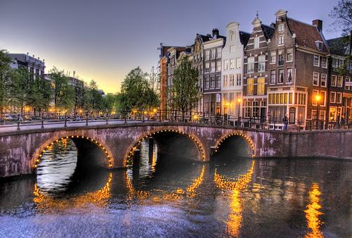 Foto amsterdam tante foto amsterdam speciali - Agenzie immobiliari amsterdam ...